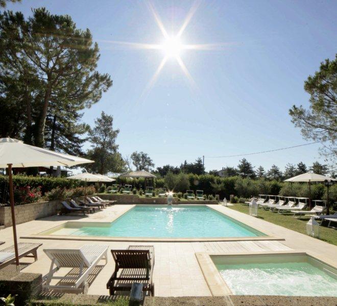 Agriturismo Le Quiete Dimore Pesaro e Urbino - piscina