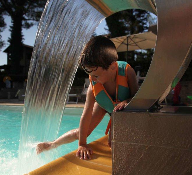 Agriturismo Le Quiete Dimore - Pesaro e Urbino - piscina e attività all'aperto